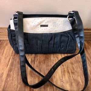 Miche purse with interchangeable covers